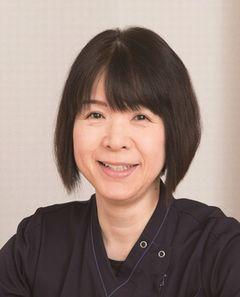 看護部長 田中圭子